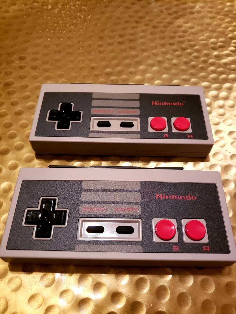 Nintendo Switch NES Controllers Out of Box